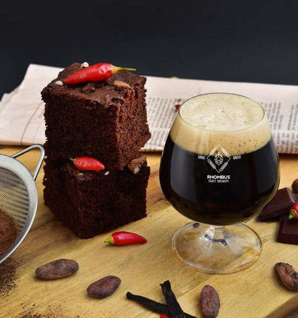 http://rhombusbrewery.com/wp-content/uploads/2018/09/brownie-600x640.jpg